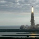 Elindult utolsó útjára az Endeavour űrsikló