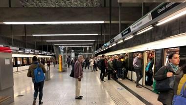 Népszava: Gond van a 4-es metró biztonsági rendszerével