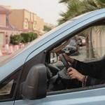 Hihetetlen: nőknek nyílik autószalon Szaúd-Arábiában