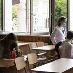 Szigor az iskolákban, félelem a vakcinától – így küzdenének a koronavírussal a hvg.hu olvasói