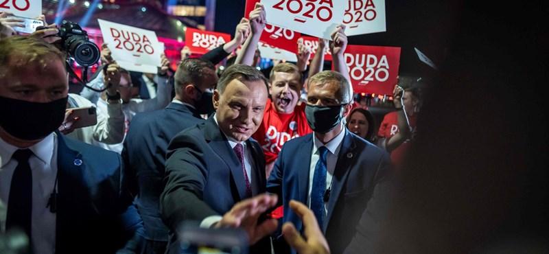 Lengyel elnökválasztás: győzött Duda, de lesz második forduló