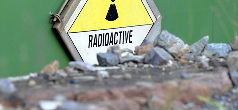 Négyezer hordó radioaktív hulladékot utaztatnak át Magyarországon
