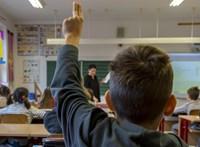 Döntött a kormány: normál tanrend szerint kezdődik az iskola ősszel