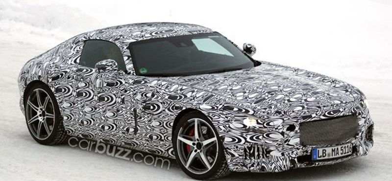 Hóban és nyárban is nyúzzák a készülő legszebb Mercedest - fotók