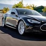 Nagy pofont adott a Tesla a kételkedőknek