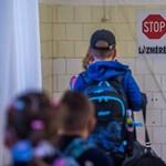 Miért nem tesztelik az általános iskolásokat az automatikus karantén helyett?