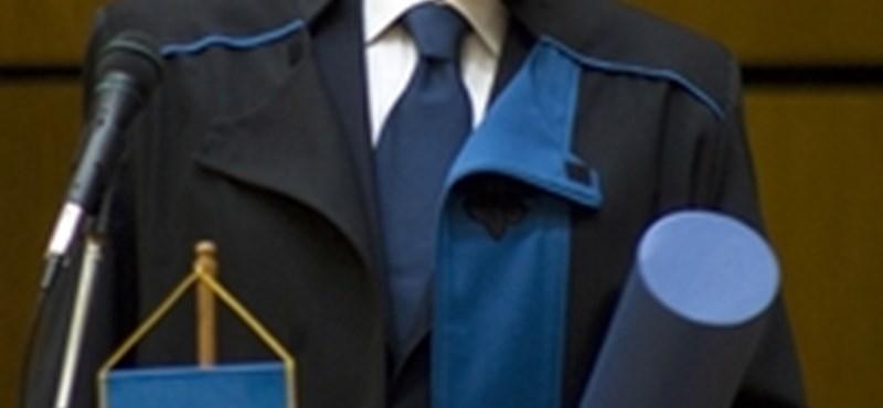 Jose Carreras a pécsi egyetem díszdoktora lett