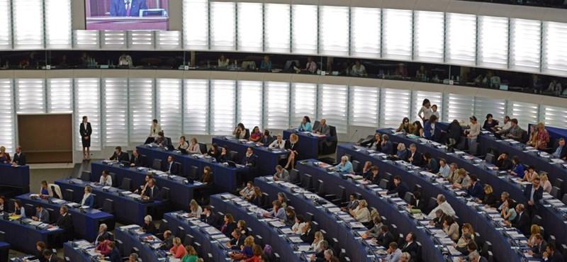 Kiürítették az EP három brüsszeli épületét