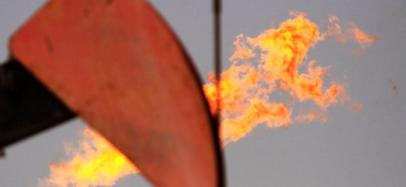 Óriási olajmezőt fedeztek fel Irán alatt