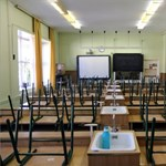 Egyre többen állnak ki az SZFE mellett, újabb iskolákban jön a digitális oktatás - a nap hírei röviden