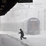 Hét kilométer gyaloglás az iskoláig, télen?