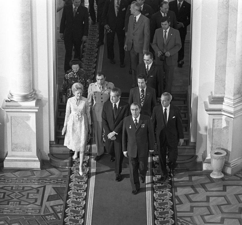 1974.06.27. - Hivatalos látogatás a Szovjetunióban: Leonyid Brezsnyev, Nixon, feleség  - Nixonnagyitas