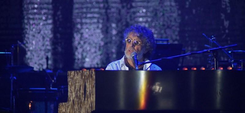 Az ember, aki szereti a túlerőt – Presser-koncert videón, fotón, szóban