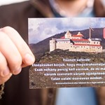 Öt éve húzódik a krasznahorkai vár felújítása – gyorsításért demonstráltak