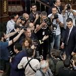Esküt tett a király előtt az új spanyol miniszterelnök