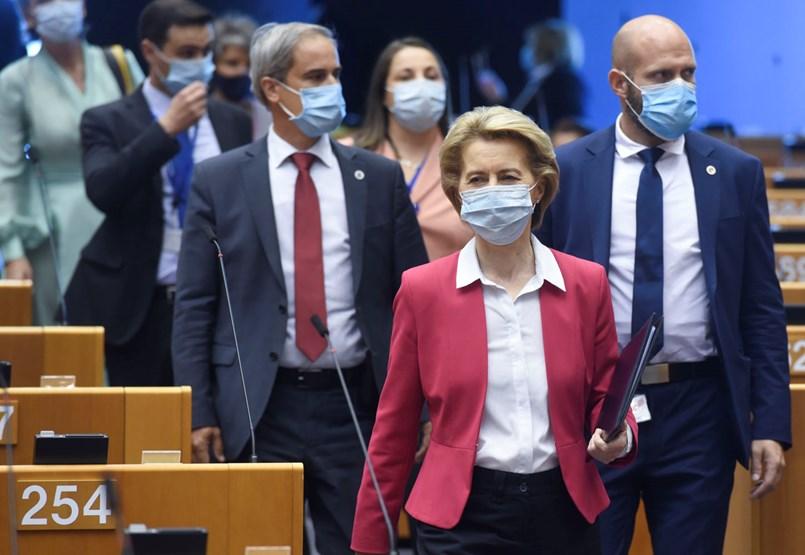 Kellett egy válság, de nagyot lépett Brüsszel egy szorosabb EU felé