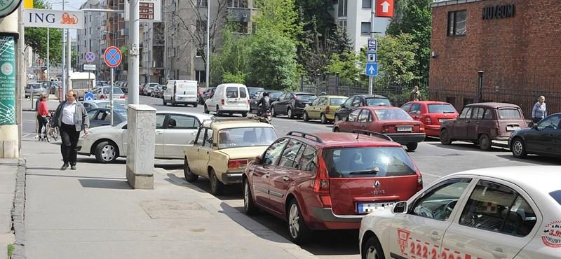 Változnak a parkolási feltételek Budapesten