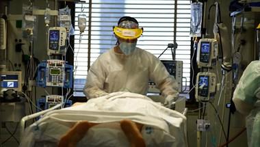 Tovább gyorsul a járvány Spanyolországban, több mint 84 ezerrel nőtt a fertőzöttek száma a hétvégén