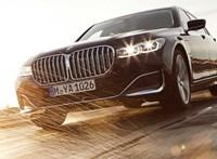 550 lóerős hibrid 7-es BMW a láthatáron