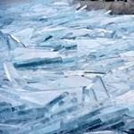 Tragédia: a Sajó folyó jégpáncélja alatt találták meg a 7 éves kislányt