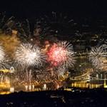 Főpolgármester-helyettes: Rontja a Lánchíd állapotát a tűzijáték