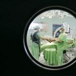 Húsevő baktériummal fertőzött beteg miatt kellett levágni egy idős nő lábát