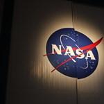 Csaló cég verte át a NASA-t, 200+ milliárd forintnyi kárt okozott