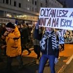 """""""A diákokat nem lehet megfélemlíteni"""" - Budapesten tüntettek az oktatási rendszerváltásért"""