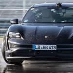 A Porsche azt szeretné, 2030-ra már az eladásaik 80 százaléka elektromos autó legyen