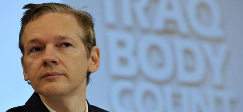 A WikiLeaks alapítója szerint a Facebook egy világméretű kém