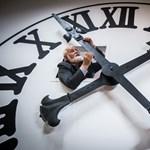 Juncker javasolja, hogy az EU-ban vezessék be az állandó nyári időszámítást