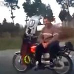 Ez az iráni fickó a világ legvagányabb motorosa? - videó