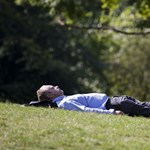 Ha egészséges akar maradni, ilyen pózban próbáljon elaludni