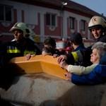 Így küzdenek az árvíz ellen - Nagyítás fotógaléria