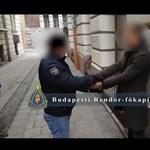 Elkapták a Ferenciek terénél garázdálkodó mutogatós férfit