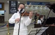 Hegedűkoncertet adtak a betegeknek egy dél-koreai kórházban