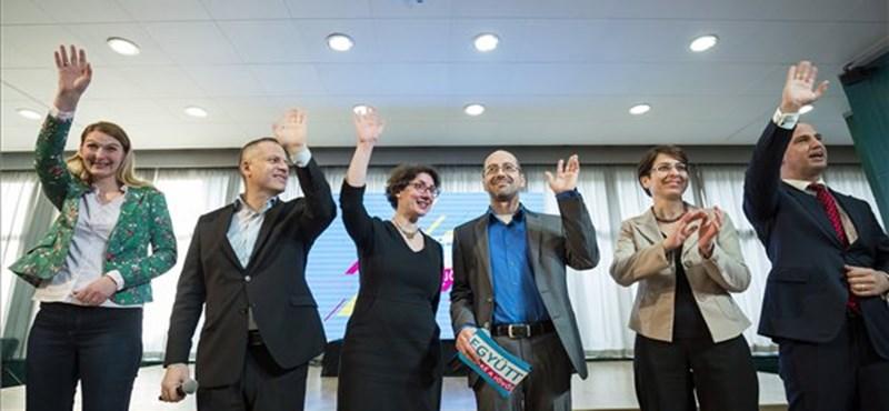 Az Együtt azt ígéri: eltörölné a tandíjat és lerövidítené a várólistákat