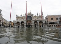 Eltűnt a víz Velence néhány kanálisából