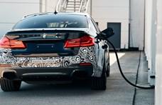 Ez az új 5-ös BMW egy kicsit más: 710 lóerős elektromos változatot tesztel a gyár