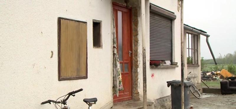 Kizárnák a közmunkások nagy részét is a falusi CSOK-ból