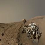 Szelfizett a Curiosity a Marson - fotó