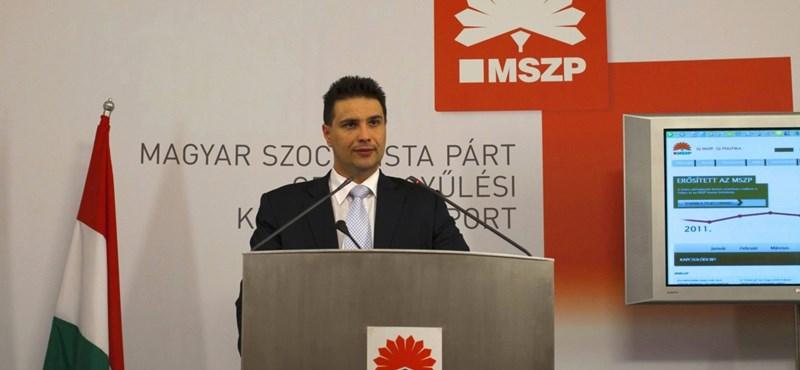 Mesterházy: a Fidesznek az a jó, ha mi csak magunkkal vagyunk elfoglalva