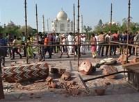Ötszörösére emelték az indiak belépőjegyenek árát a Tádzs Mahalba