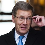 Nyilvánosságra hozza hitelével kapcsolatos iratait a német államfő