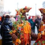 A koronavírus miatt korábban vége lett a velencei karneválnak