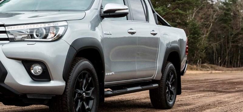 Toyota terepjárókkal fogják védeni a határt a rendőrök