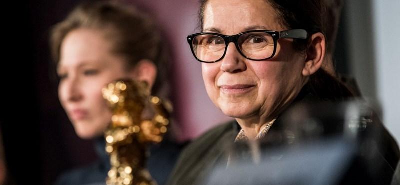 Angelina Jolie miatt csúszik le az Oscarról a Testről és lélekről?