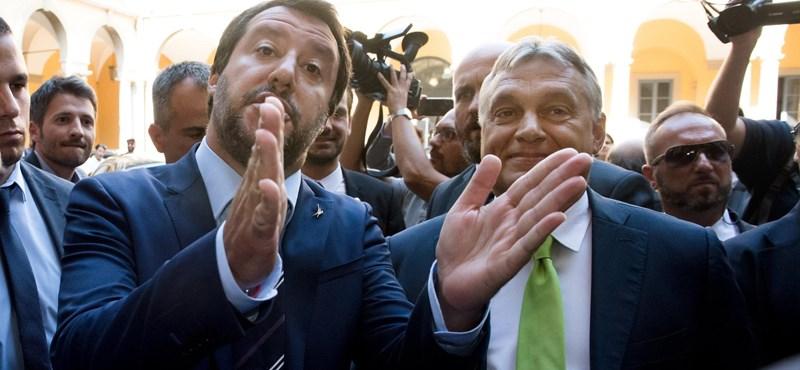 Salvini már úton van Budapestre, a repülőről üzent