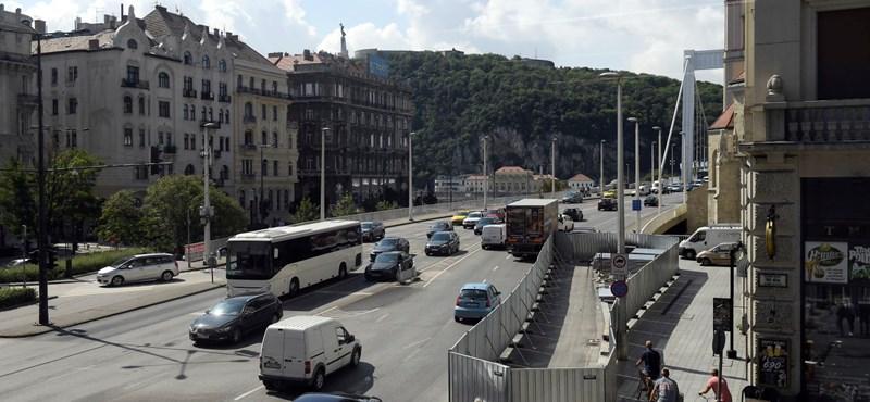 800 méteres távhőalagút, 9 hónap sávelzárás – ez jön az Erzsébet hídnál