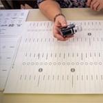 Hatvan napra ítélték egy kamupárt jelöltjét, mert egy rokonának utalta át az állami kampánytámogatást